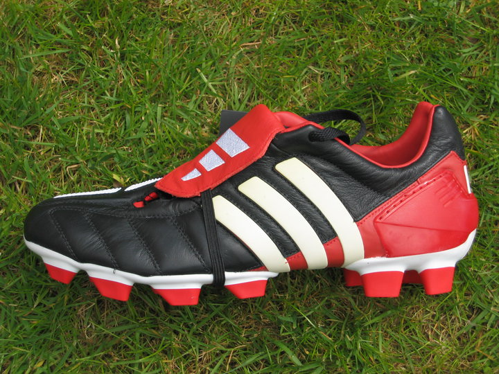 the latest f52ad 5535b adidas futbol 2002
